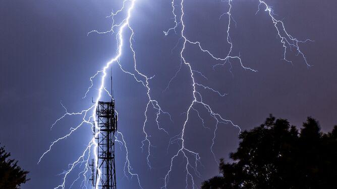 Burze i intensywne opady deszczu. <br />Prognoza pogodowych zagrożeń IMGW